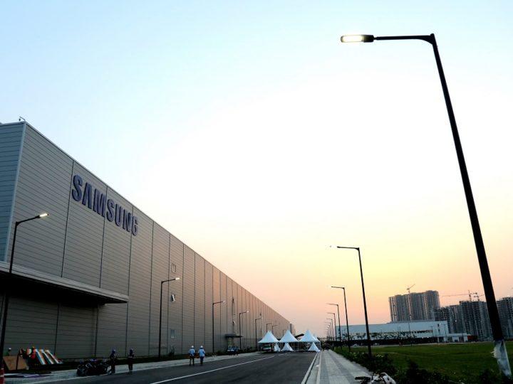 Samsung v létě představí debetní kartu Samsung Pay