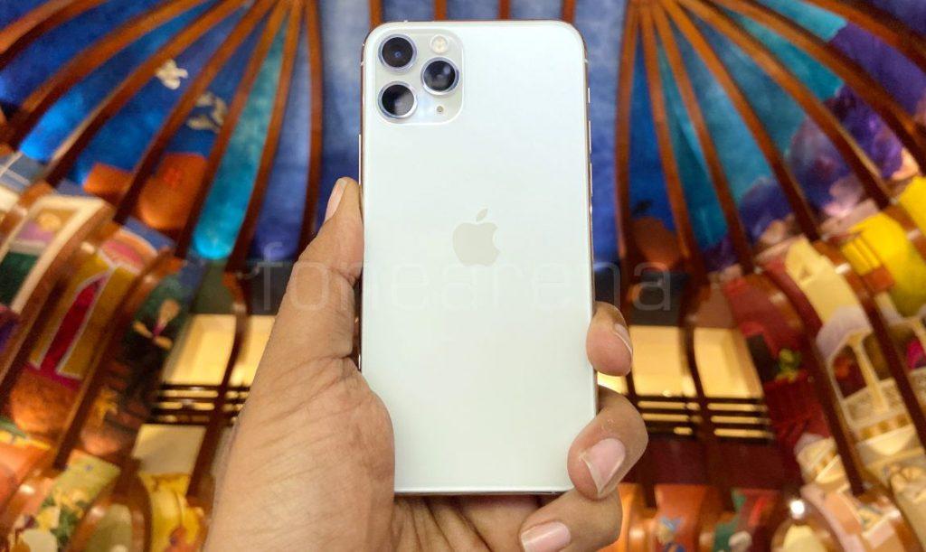 iPhone je v Indii ještě dražší kvůli zvýšení dovozního cla