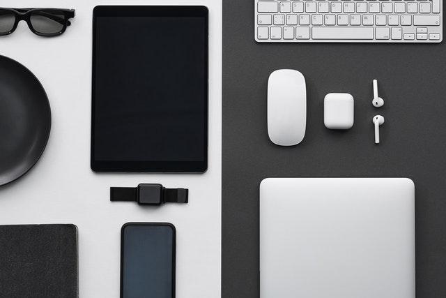 Doplňky k chytrým telefonům, které zpříjemní život